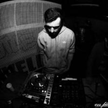 Hip Hop Drummer Charly Beat aus Stuttgart spielt arbeitet mit Hip Hop Produzent Painveli zusammen