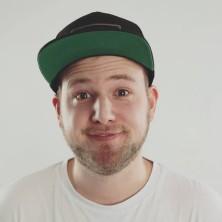 Hip Hop Drummer Charly Beat aus Stuttgart spielt Drums für Phonotique