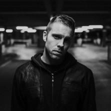 Hip Hop Drummer Charly Beat aus Stuttgart spielt bei Hip Hopper H-Perfect